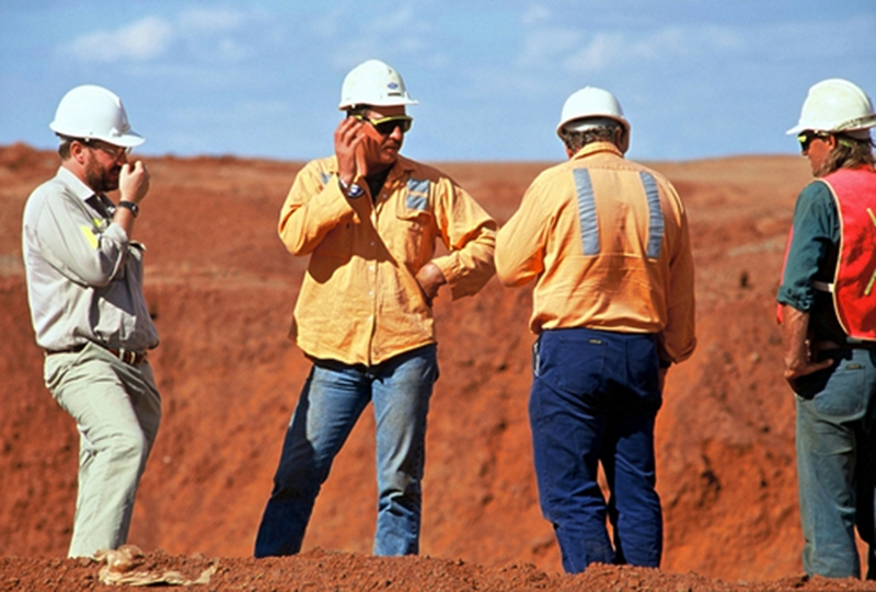 Reversal in fortunes as jobs flow back into Australian mines
